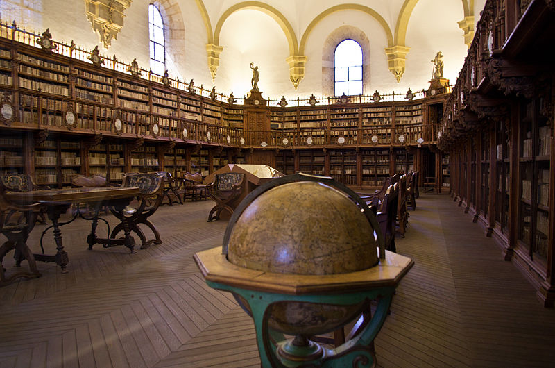 800px-Old_Library_in_University_of_Salamanca_01