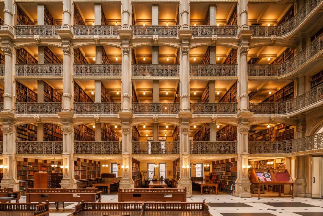 Biblioteca George Peabody (Baltimore, Estados Unidos) ALAMY