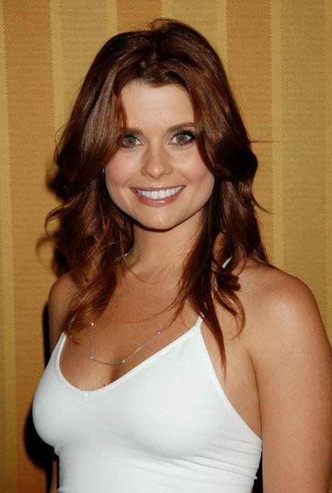Sam (Joanna García)